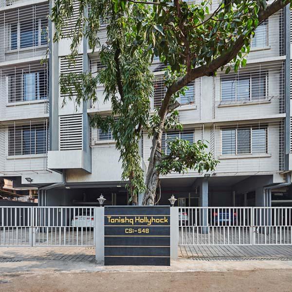Tanishq Hollyhock Residential Building in Mumbai